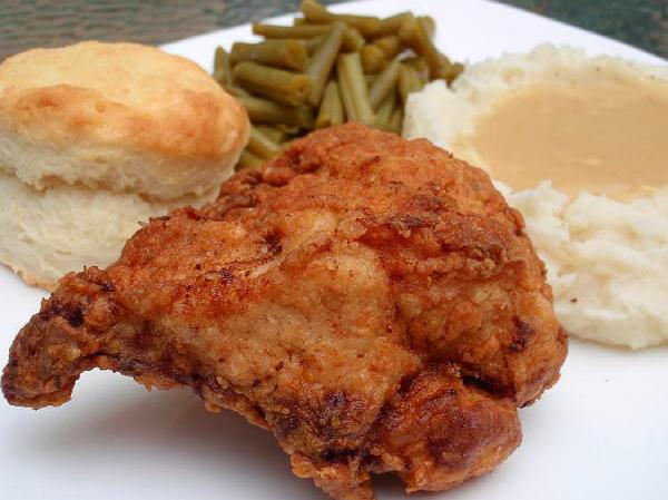 Southern cooking like only mama can or comin home to a sunday supper of fried chicken mashed potatoes a mess o greens cornbread and a big ol glass of sweet tea forumfinder Images