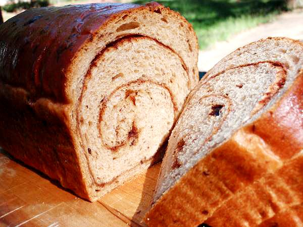 This cinnamon raisin bread recipe is wonderful toasted and topped with ...