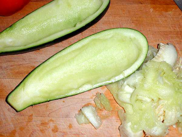 how to cut zucchini noodles with a knife