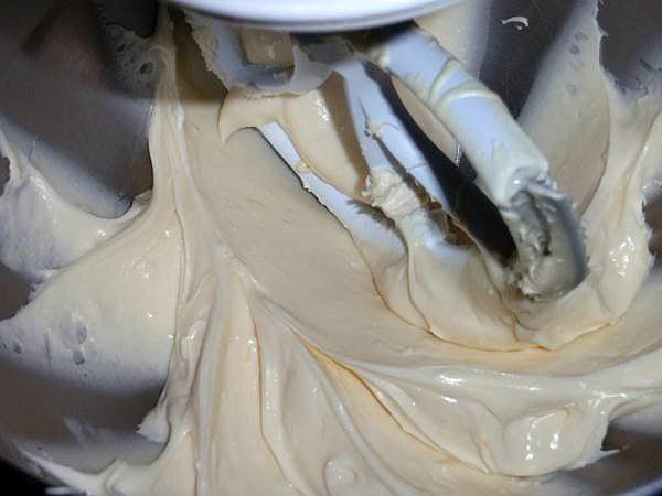 white chocolate cream cheese